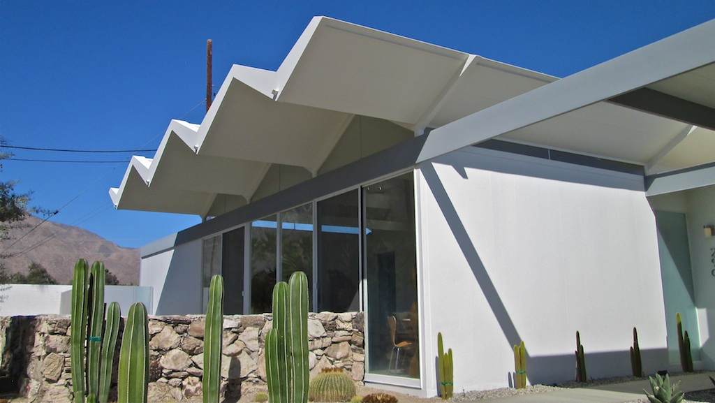 Palm Springs Modernism; 52 Weeks a Year?